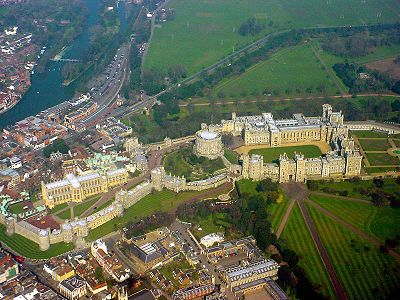 400px-Windsor_Castle_from_the_air